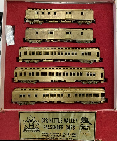 Canadian Pacific Railway - CPR Kettle Valley Five Passenger Car Set